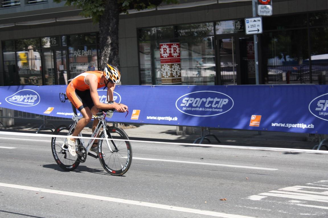 Tri Lausanne 2016 - Daniel à vélo